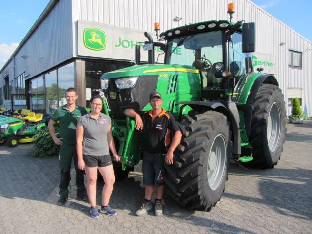 Anfang September übergaben wir an Baggerbetrieb Jochen Braun einen 6215 R