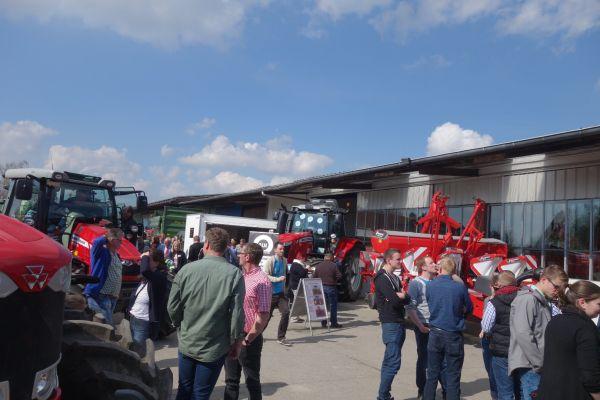 40 Jahre Hölscher Landtechnik ein voller Erfolg