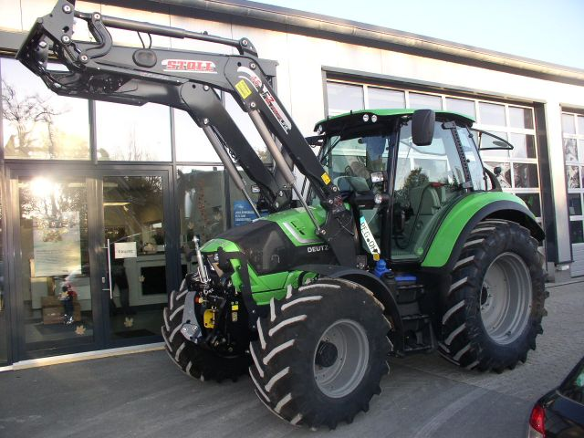 Agrotron 6130.4 TTV an Herrn Severa ausgeliefert