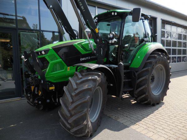 Deutz-Fahr Agrotron 6165 TTV an die Familie Stühler aus Ösdorf übergeben