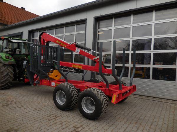 Perzl Rückewagen PRW 12-4 an die Familie Schatz aus Hochstahl übergeben