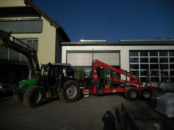 Perzl Rückewagen PRW 10-4 an die Familie Neuner aus Breitenlesau übergeben