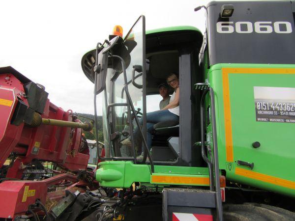 Deutz Fahr Mähdrescher 6060 H Balance an LFD Hofmann aus Kirchahorn übergeben