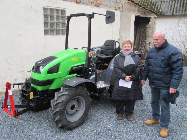 Neuer Deutz Fahr Agrokid 230 DT an Fam. Leupold aus Litzendorf übergeben