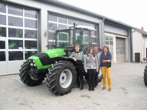 Agrofarm 420 GS an die Familie Neuner ausgeliefert