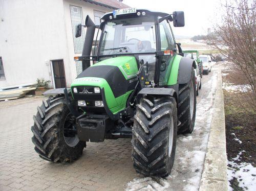 Agrotron TTV 420 wird an Norbert Neuner Tüchersfeld ausgeliefert