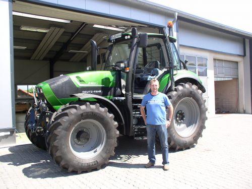 Deutz Agrotron 6180 P Sonderedition für den Betrieb Ochs in Dürrbrunn