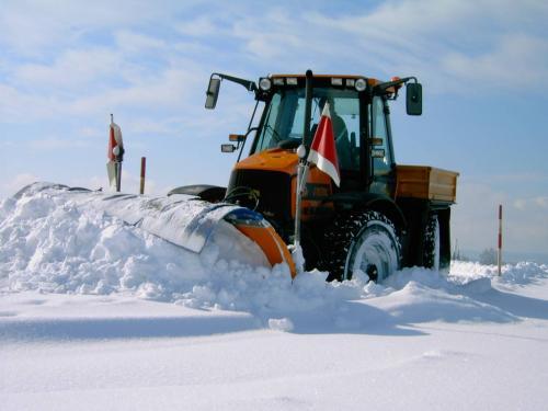 JCB im Wintereinsatz.