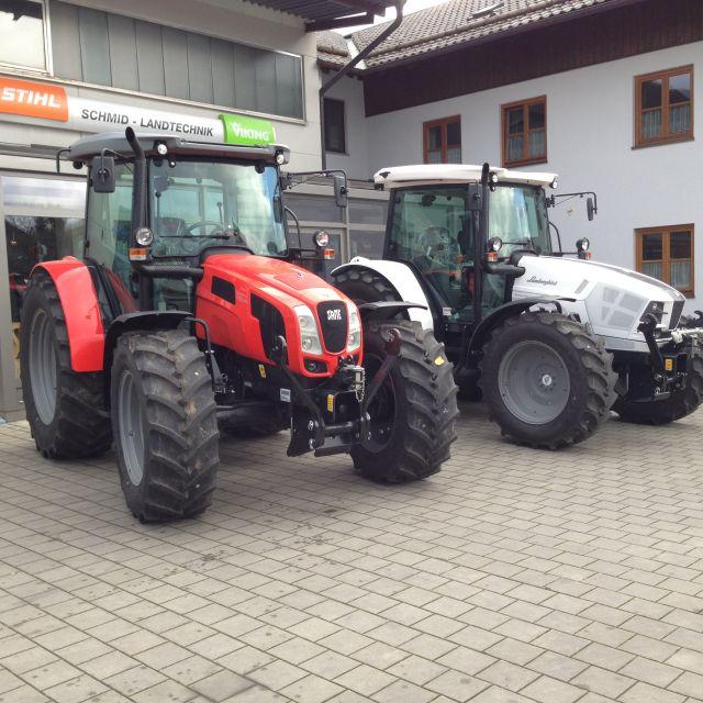 Neue Traktoren