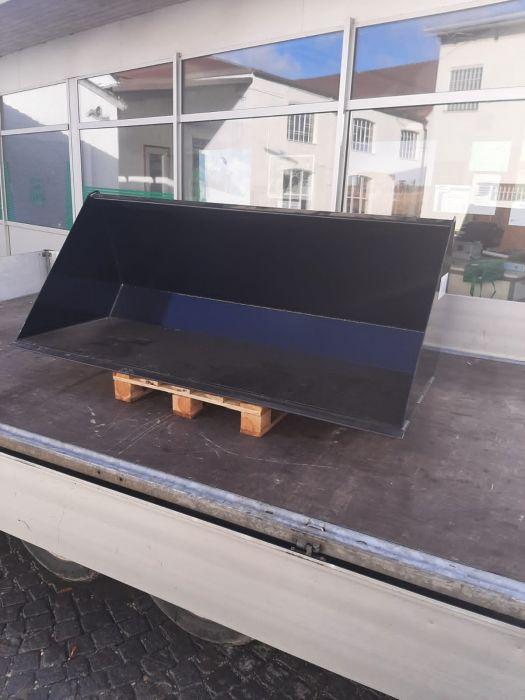 Maschinenübergabe Beck-Durmaier Schaufel 2m