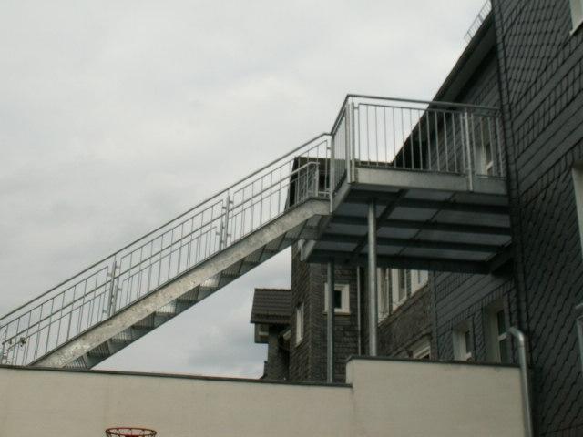 Balkon mit Treppe