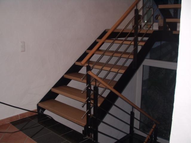 Treppegeländer mit Edelstahlseilen