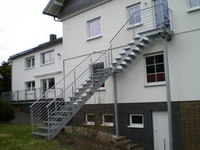 Aussentreppe Edelstahl Holz ~ Treppen  Bollhorst Landtechnik & Schlosserei